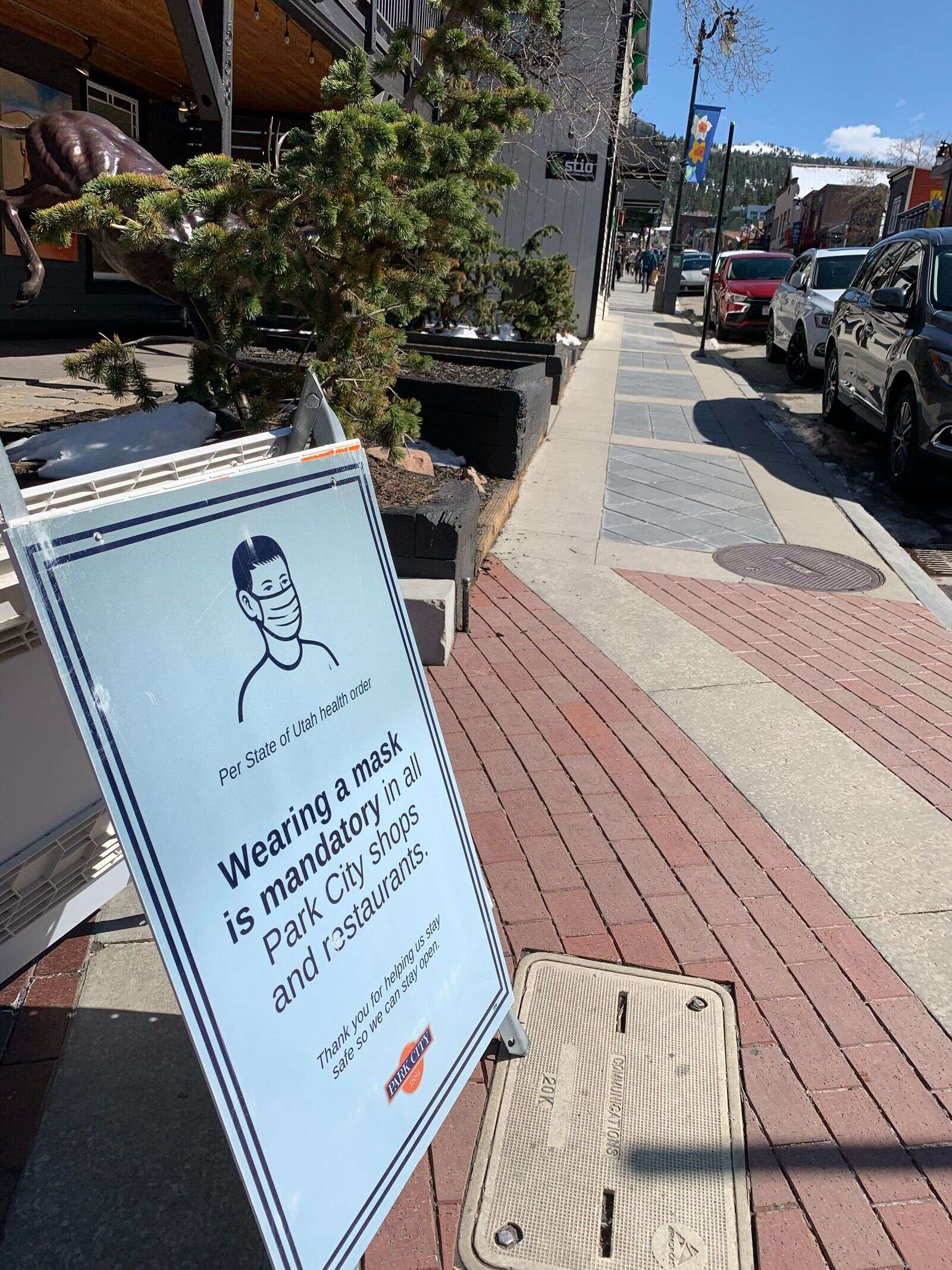 Park City advertises a mask mandate when there is none, potentially leading to confusion