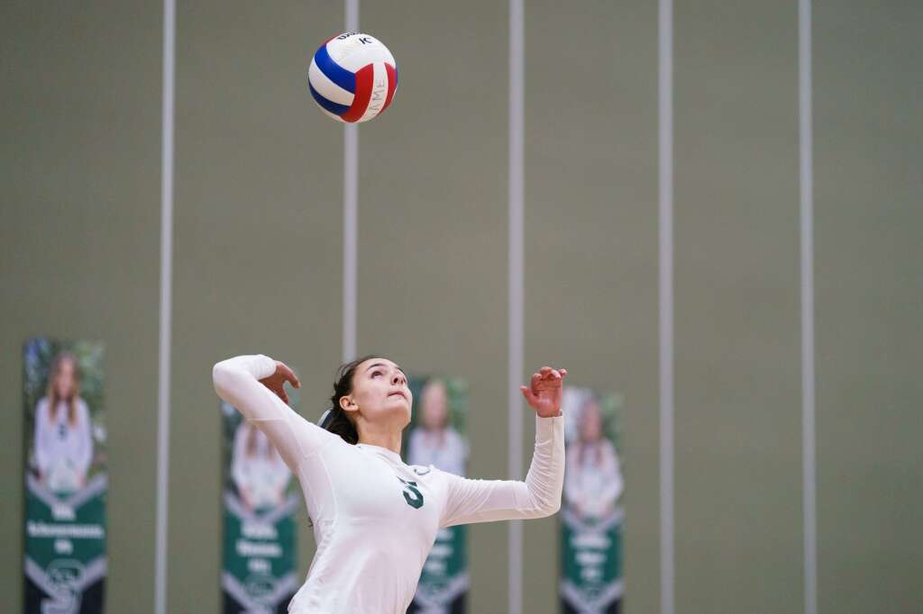 Summit High School junior Autumn Rivera serves during the Tigers'  25-14 second set loss against the Eagle Valley Devils on Monday, Sept. 20, at Summit High School in Breckenridge. | John Hanson/For the Summit Daily News