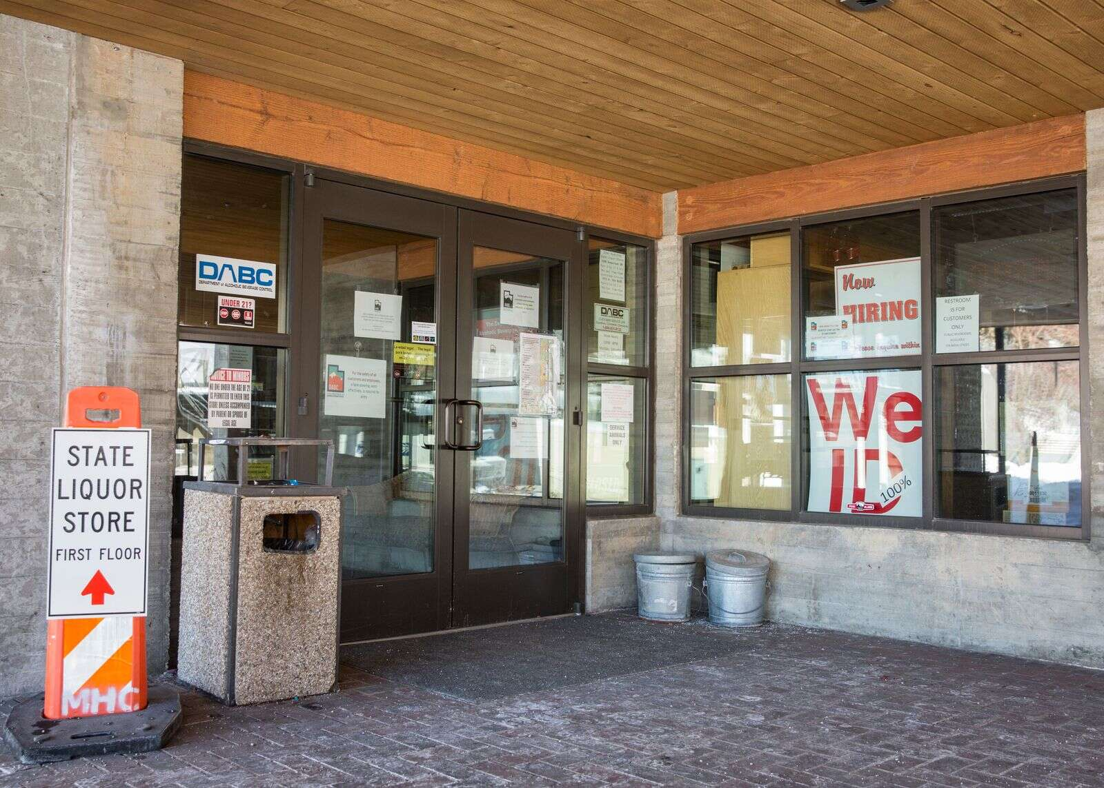 Park City liquor store remains closed and a reopening date is unknown
