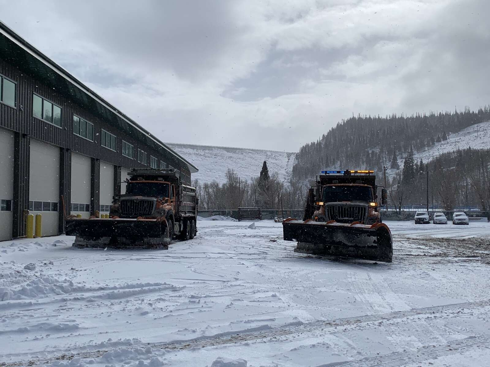 Snowplows sits at CDOT's Silverthorne maintenance facility in between shifts on Nov. 24, 2020.| Sawyer D'Argonne / sdargonne@summitdaily.com