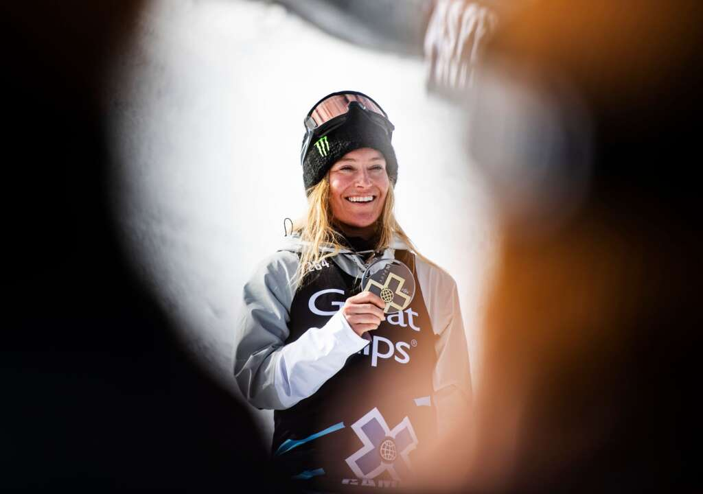 X Games snowboarder Jamie Anderson poses with her medal after getting gold for the women's snowboard slopestyle event on Saturday, Jan. 25, 2020. (Kelsey Brunner/The Aspen Times)