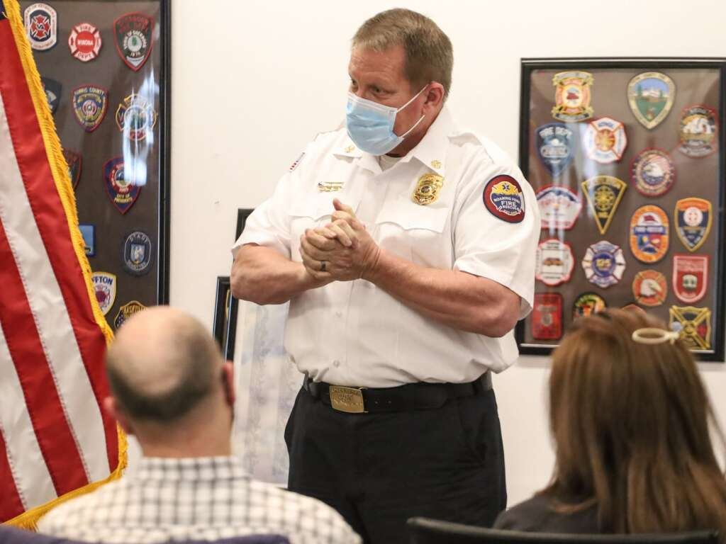 Roaring Fork Fire Rescue Chief Scott Thompson speaks about all the actions that occurred that helped save Michael Latousek's life during a cardiac event on Dec. 21. Photo by Austin Colbert/The Aspen Times.