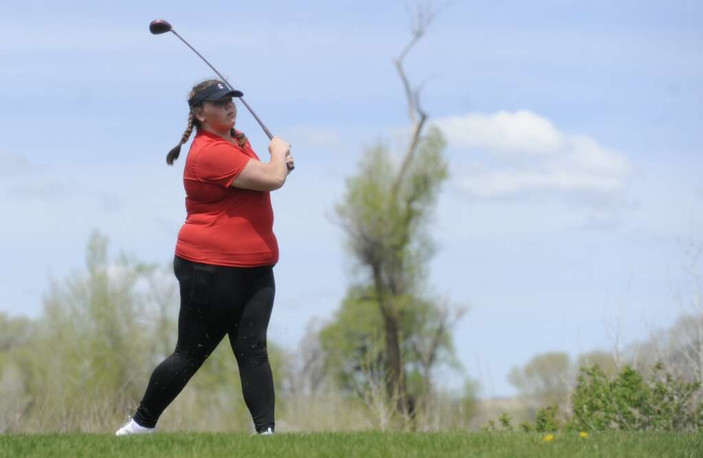 Steamboat Springs golfer Sage Lottes tees off at the Bulldog Invite in Craig on Tuesday afternoon. (Photo by Shelby Reardon)