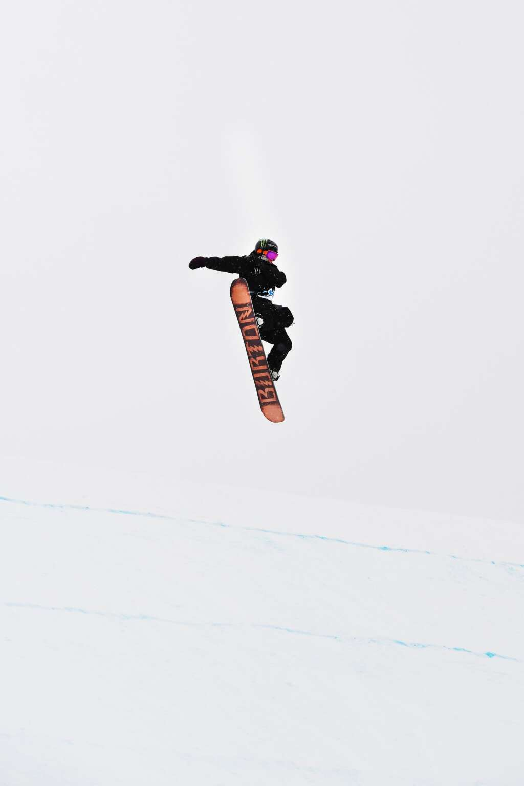 Darcy Sharpe competes in the Men's Snowboard Slopestyle qualifying event on Thursday, Jan. 23, 2020. (Kelsey Brunner/The Aspen Times)