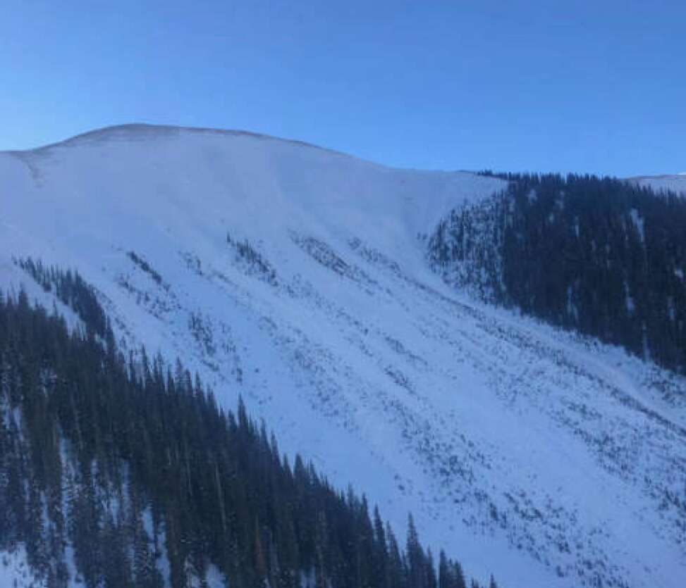 An aerial shot of an avalanche near Silverton that killed two skiers on Saturday. (Colorado Avalanche Information Center)