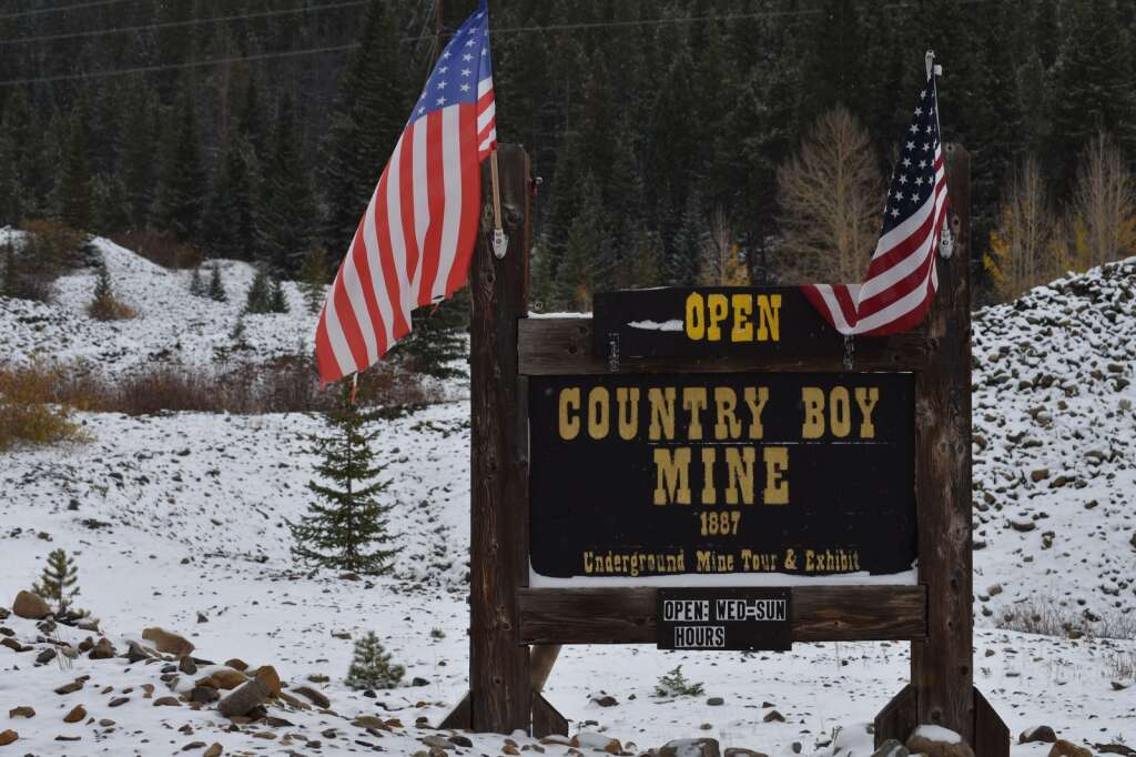 A sign at the entrance of Country Boy Mine is pictured Wednesday, Oct. 13, in Breckenridge. | Taylor Sienkiewicz/Summit Daily News