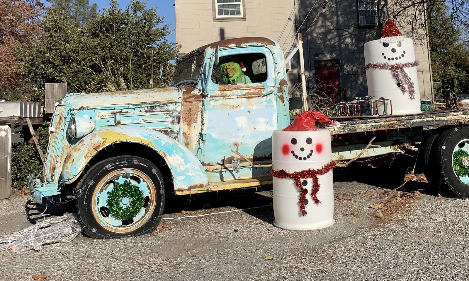 Karl's Smog and Repair Grinch decoration. | Submitted by Marci Ficarra