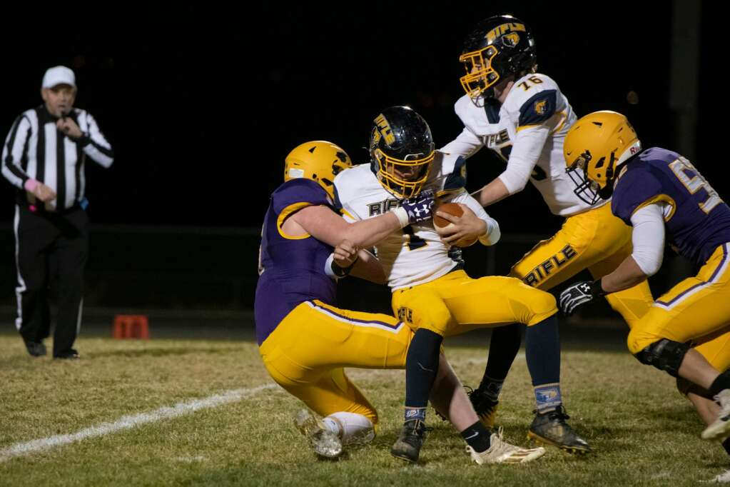 Basalt High School and Rifle High School played a varsity game at the Longorns' stadium on Friday, Oct. 22, 2021. | Kelsey Brunner/The Aspen Times