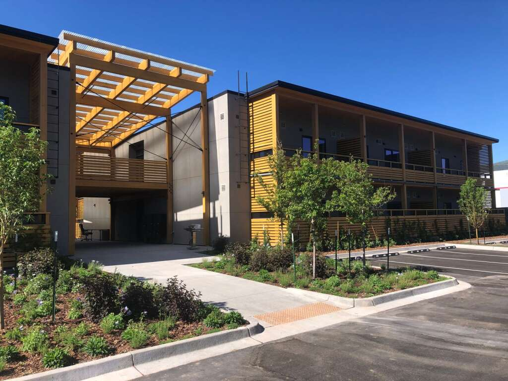 A common area separates the two main buildings of the new Red Hill Lofts affordable housing project in Carbondale. | Scott Condon/The Aspen Times