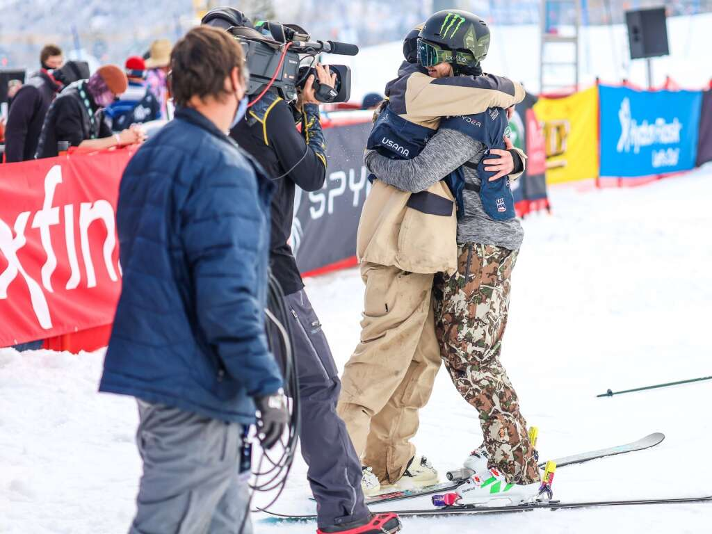 David Wise, right, hugs Aaron Blunck during the men's freeski halfpipe finals of the U.S. Grand Prix on Sunday, March 21, 2021, at Buttermilk Ski Area in Aspen. Photo by Austin Colbert/The Aspen Times.