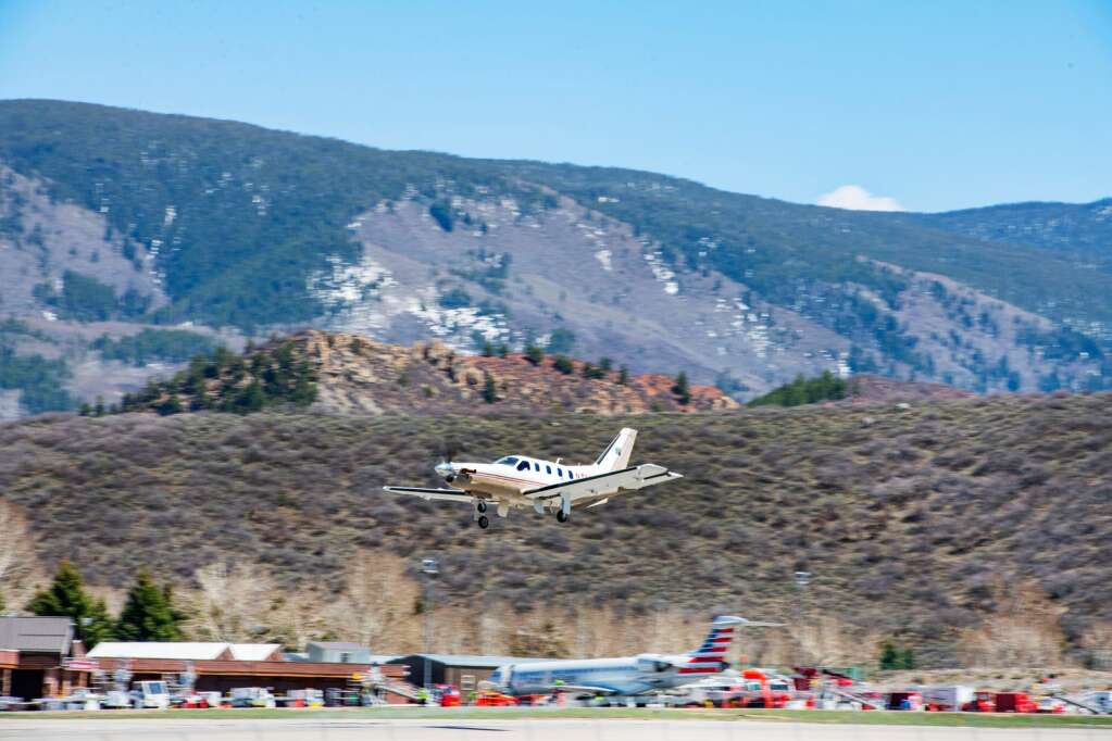 A private aircraft prepares to touch down at Aspen-Pitkin County Airport, where general aviation accounts for three-quarters of all flights. | Kelsey Brunner/The Aspen Times