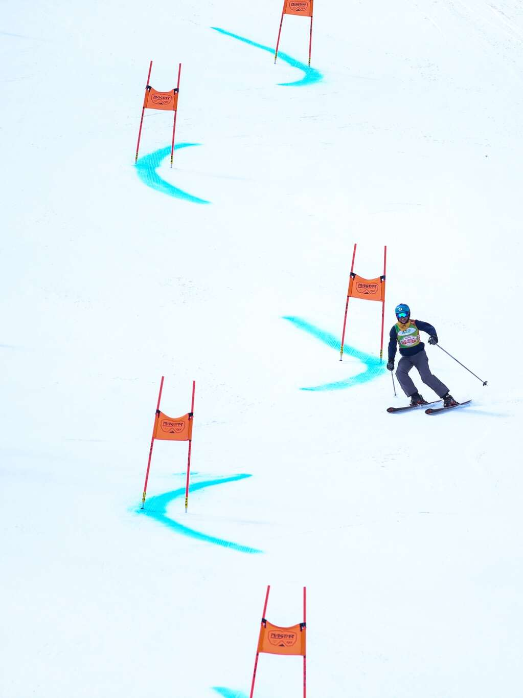 Gary Hughes, of Jemez Springs, New Mexico, skis on the giant slalom course at NASTAR national championships on April 7, 2021, at Snowmass Ski Area. | Austin Colbert/The Aspen Times