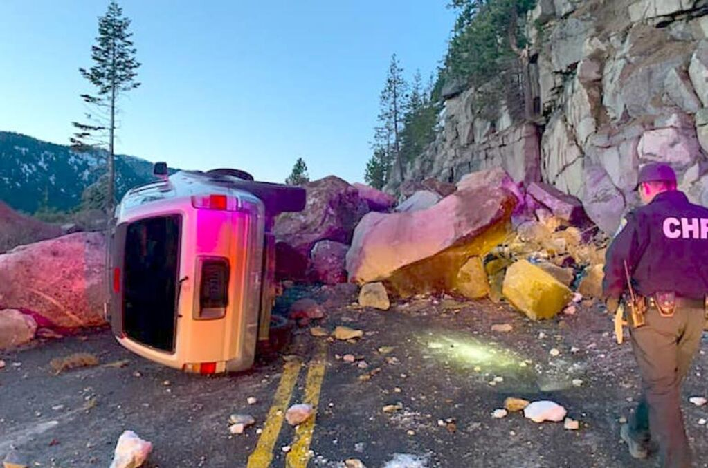 Rockslide closes US 50 over Echo Summit