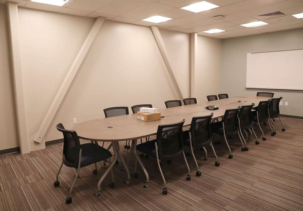 The new conference room at the Sleeping Giant School offers plenty of room to meet. (Photo by John F. Russell)