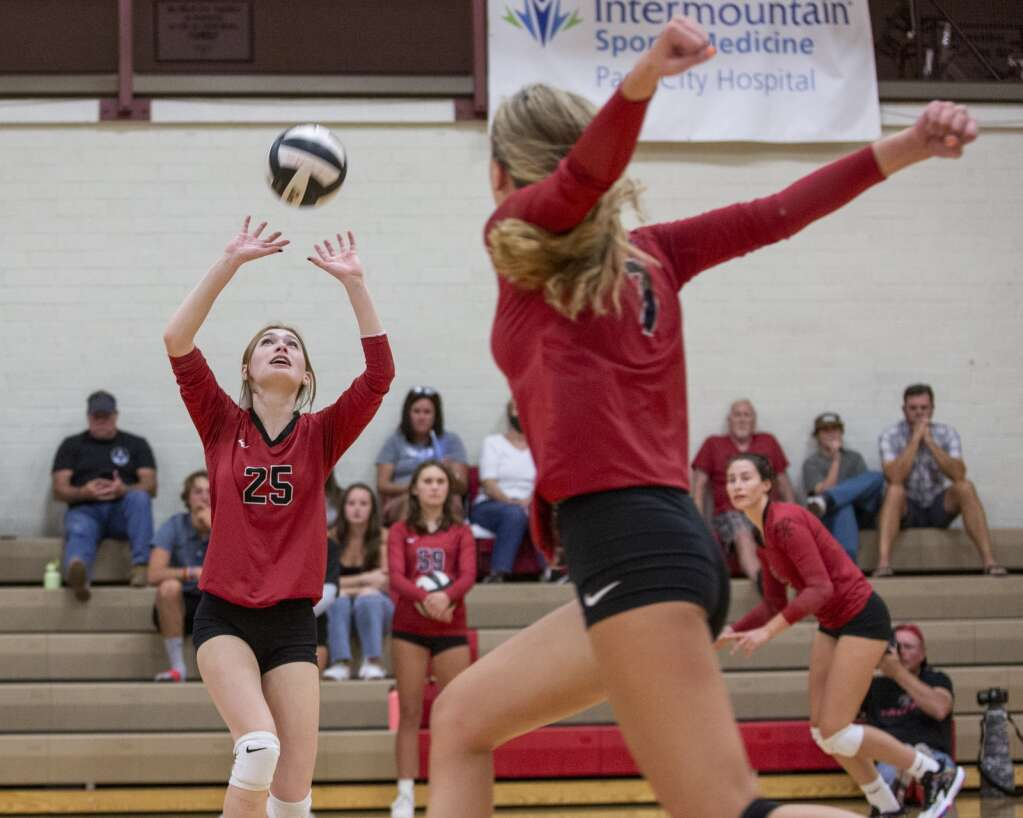 Park City High School senior Sam Furness (25) sets the ball up for a spike during the Miners' matchup against Highland High School Tuesday evening, Sept. 7, 2021. The Miners swept the Rams 3-0. (Tanzi Propst/Park Record)