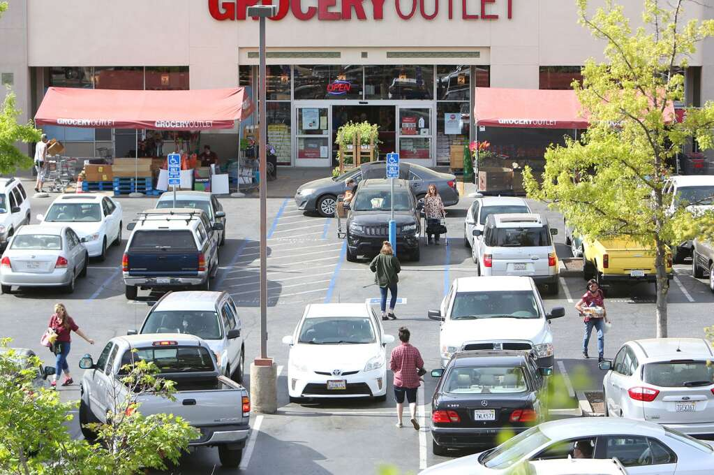 While other area stores began floundering in April, business was steady at area grocery stores so far during the COVID-19 pandemic in western Nevada County. | Photo: Elias Funez