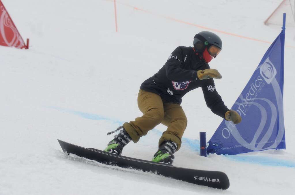 Steamboat Springs Winter Sports club athlete Kendall Harrington competes in the quarterfinals at a parallel slalom Race to the Cup event at Howelsen Hill on Saturday. (Photo by Shelby Reardon)