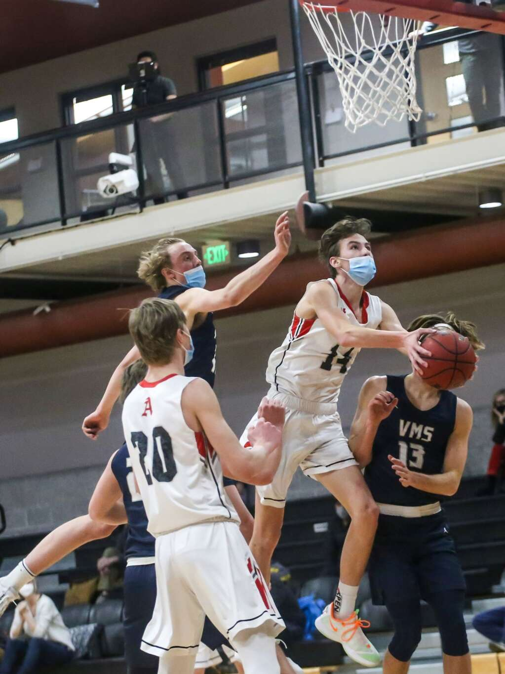 The Aspen High School boys basketball team plays Vail Mountain School on Monday, March 1, 2021, inside the AHS gymnasium. Photo by Austin Colbert/The Aspen Times.