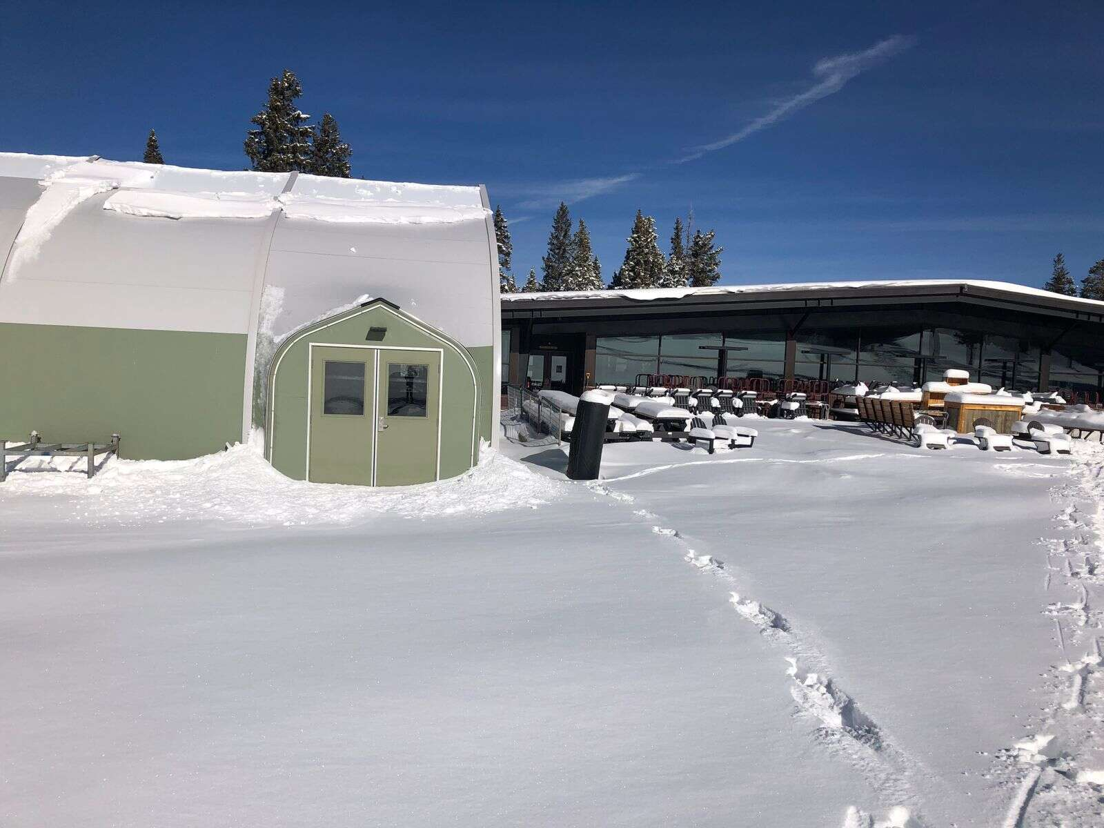 Aspen Skiing Co. made preparations for expanded seating at the Merry-Go-Round restaurant at Aspen Highlands with this tent for outside dining. |Scott Condon/The Aspen Times