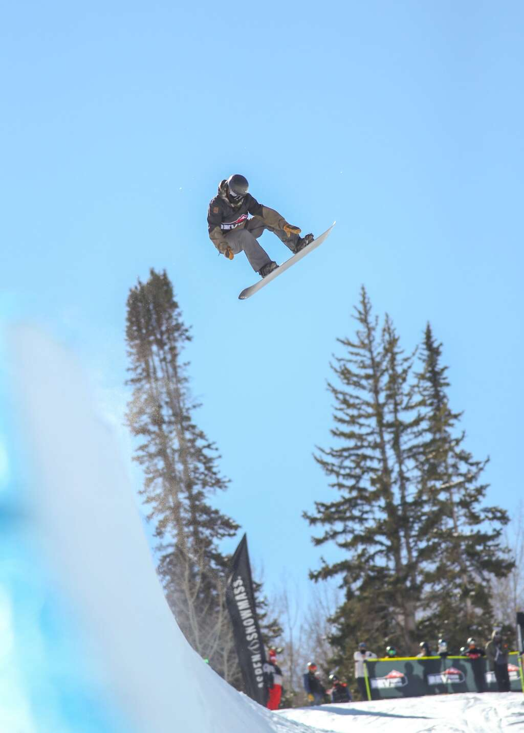 Jason Wolle competes in the men's snowboard halfpipe contest at the U.S. Revolution Tour stop on Thursday, Feb. 25, 2021, at Buttermilk Ski Area. Photo by Austin Colbert/The Aspen Times.