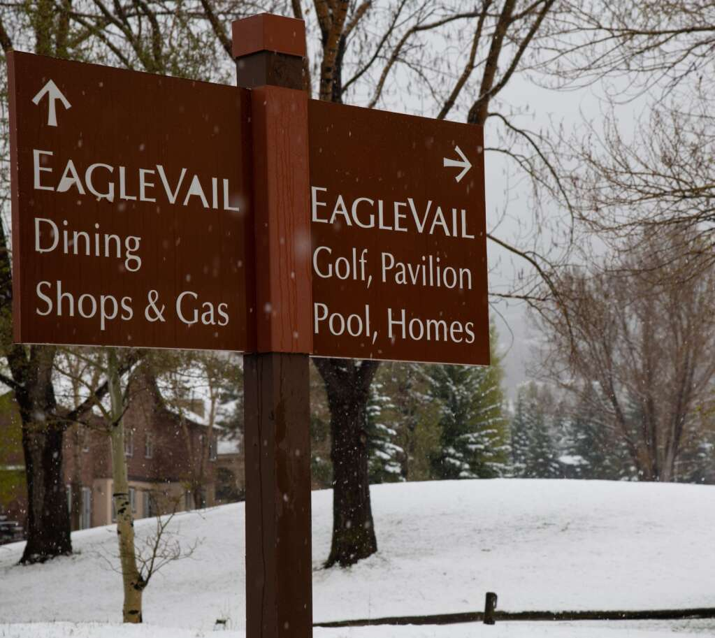 Golf and pool, or dining and shopping? The EagleVail Golf Club, which opened earlier in the season, received a couple of inches of snow Monday morning.    Mort Mullikan / Special to the Daily