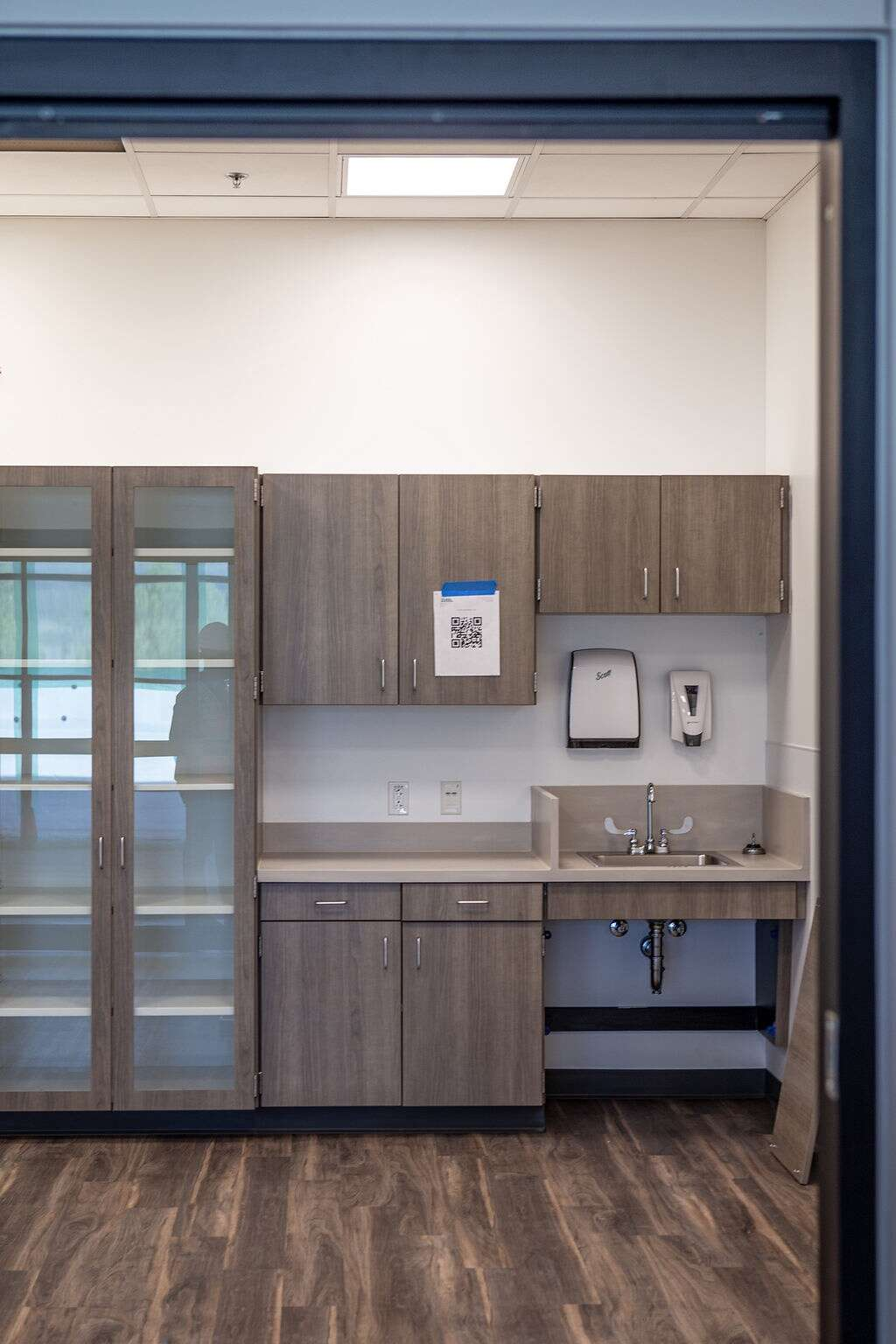 The urgent care room of Vail Health's new medical center in Dillon is pictured on Friday, August 27, 2021. Across the hall is a room where patients can get x-rays if needed.   Photo by Michael Yearout / Michael Yearout Photography