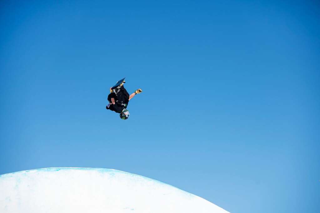 X Games rookie Dusty Henricksen competes in the men's snowboard slopestyle finals at the 2021 X Games at Buttermilk on Sunday, Jan. 31, 2021. (Kelsey Brunner/The Aspen Times)