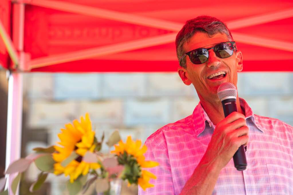 Aspen Skiing Co. President and CEO Mike Kaplan addresses a crowd at the grand opening of The Hub at Willits on Thursday, Sept. 9, 2021. (Kelsey Brunner/The Aspen Times)