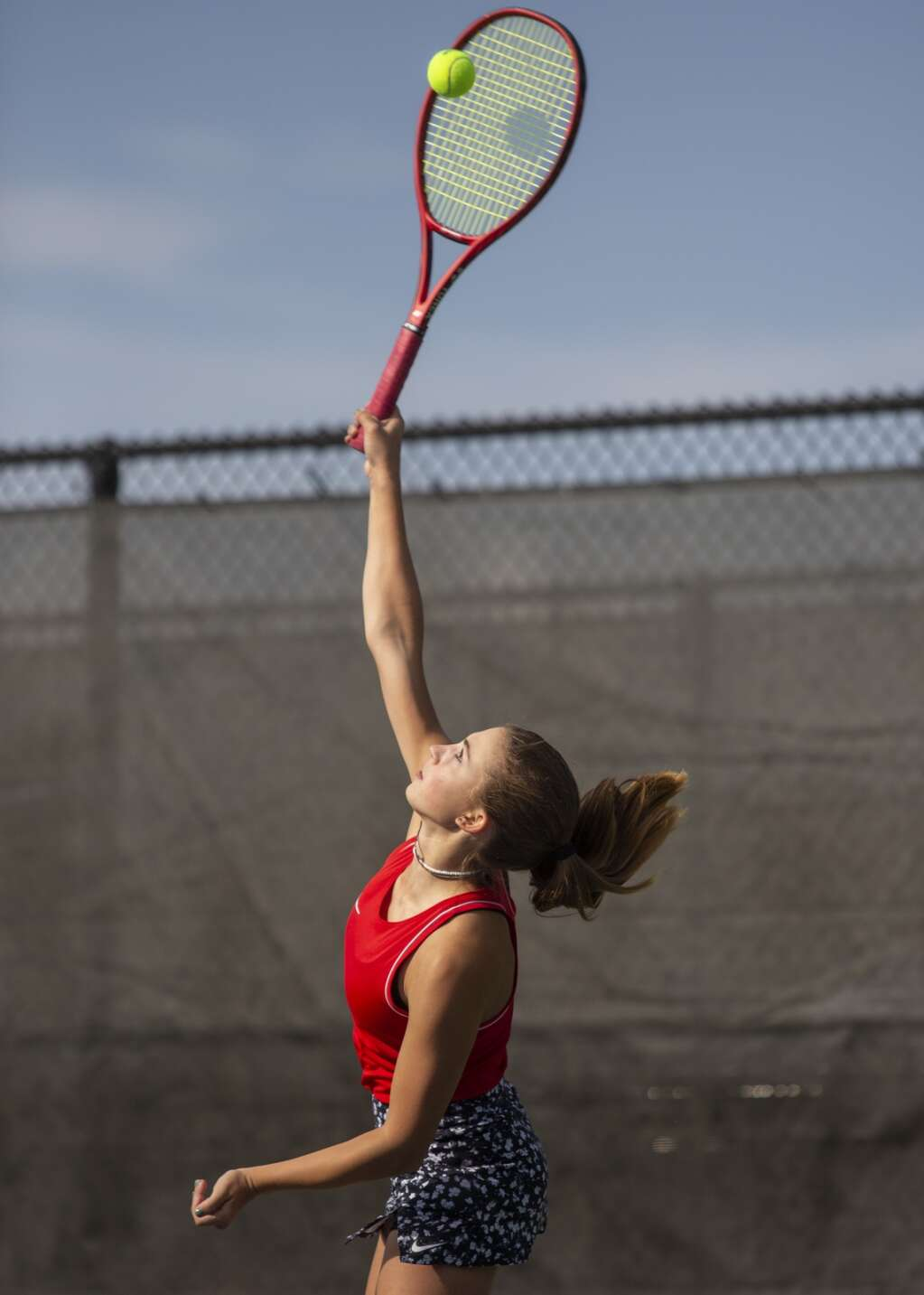Park City High School junior Olivia Tarmina serves the ball during her second singles matchup against Murray High School at the PC MARC Thursday afternoon, Sept. 23, 2021. (Tanzi Propst/Park Record)