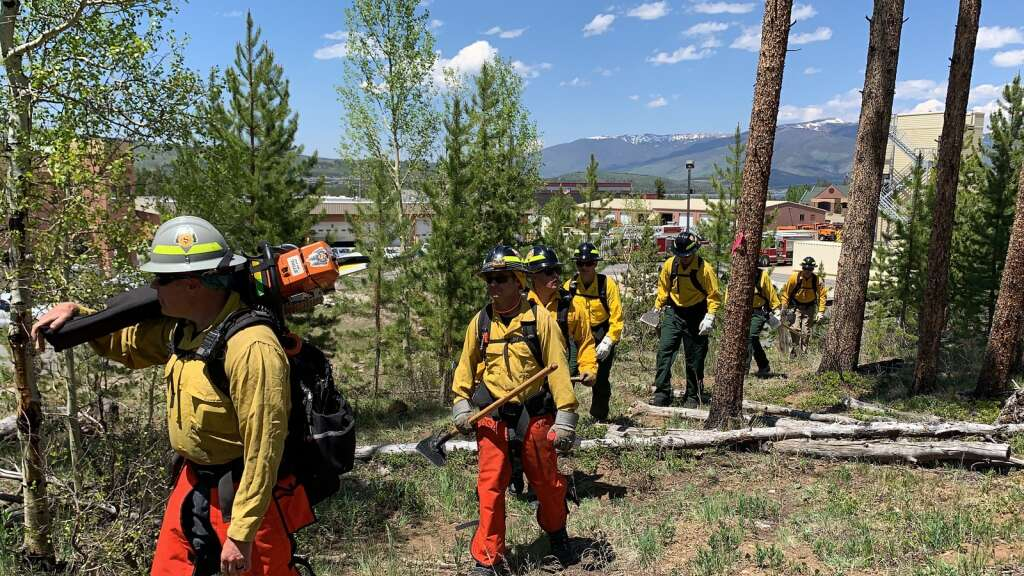 A second hand crew arrives on scene of a mock wildfire exercise Tuesday, June 8, near County Commons. | Photo by Sawyer D'Argonne / sdargonne@summitdaily.com