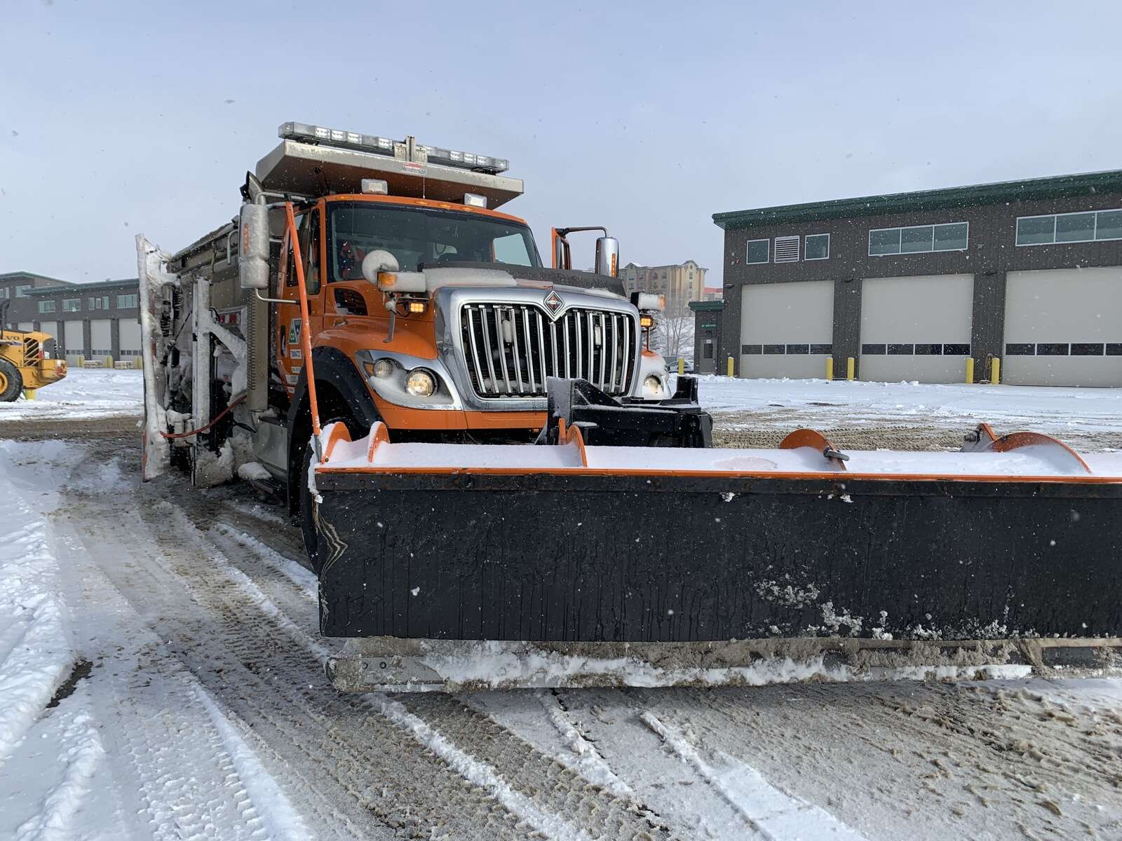 A snowplow sits at CDOT's Silverthorne maintenance facility in between shifts on Nov. 24, 2020. | Sawyer D'Argonne / sdargonne@summitdaily.com