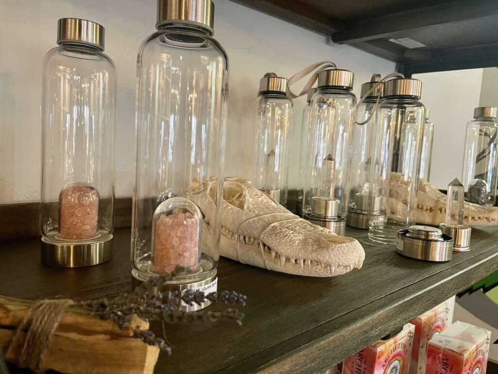 Trinkets are displayed in House of Vibes on Tuesday, April 6.   Photo by Taylor Sienkiewicz / tsienkiewicz@summitdaily.com
