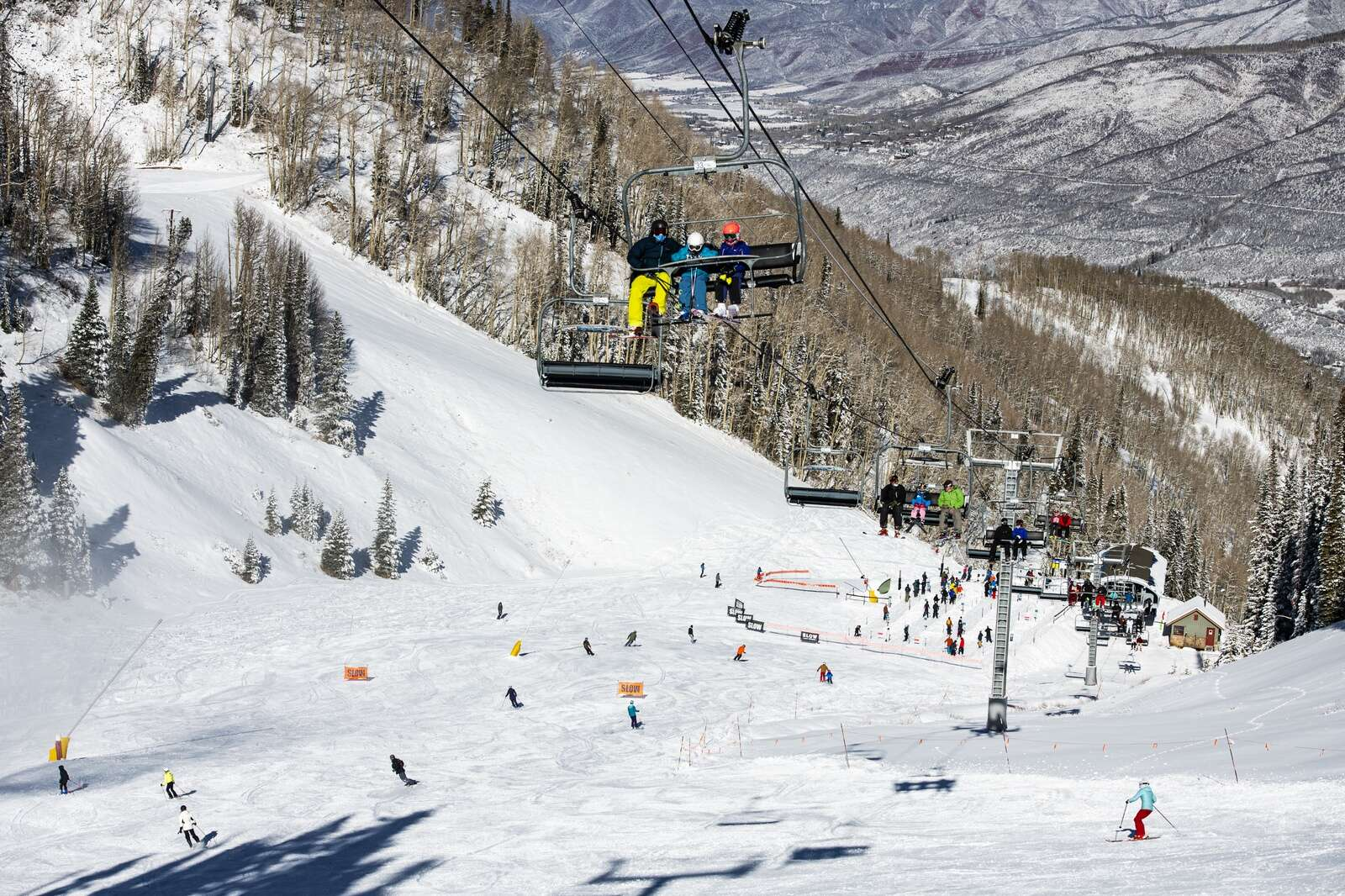 People enjoy a bluebird opening day on Aspen Mountain on Wednesday, Nov. 25, 2020. (Kelsey Brunner/The Aspen Times)