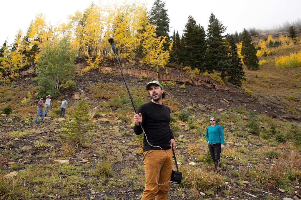 Using a methane sensor, Chris Caskey demonstrates where methane is leaking from a closed mine vent during a stakeholders hike to the Dutch Creek Mines on Thursday, September 30, 2021 near Redstone.Luna Anna Archey/Aspen Journalism