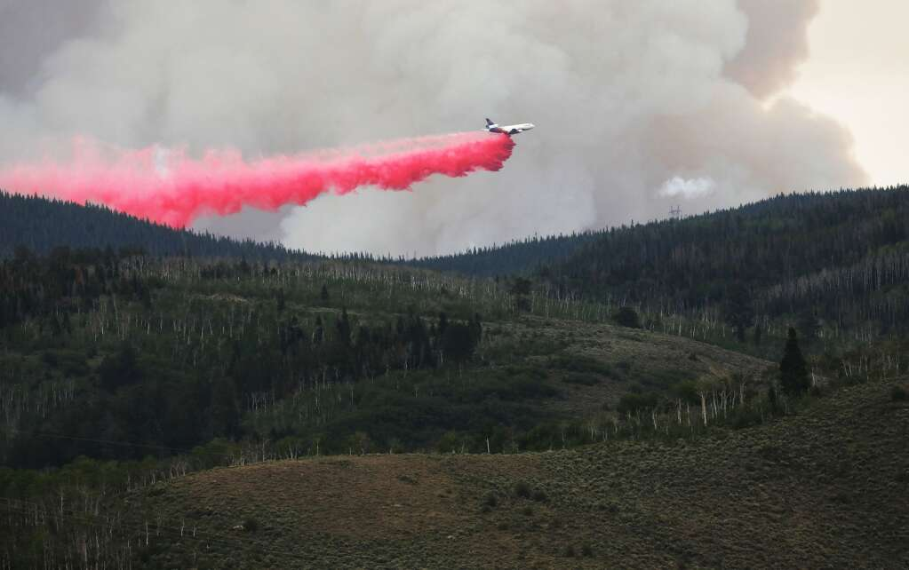 An air tanker can be seen dropping  slurry on the Muddy Slide Fire Wednesday afternoon from Yampa. | John F. Russell/Steamboat Pilot & Today