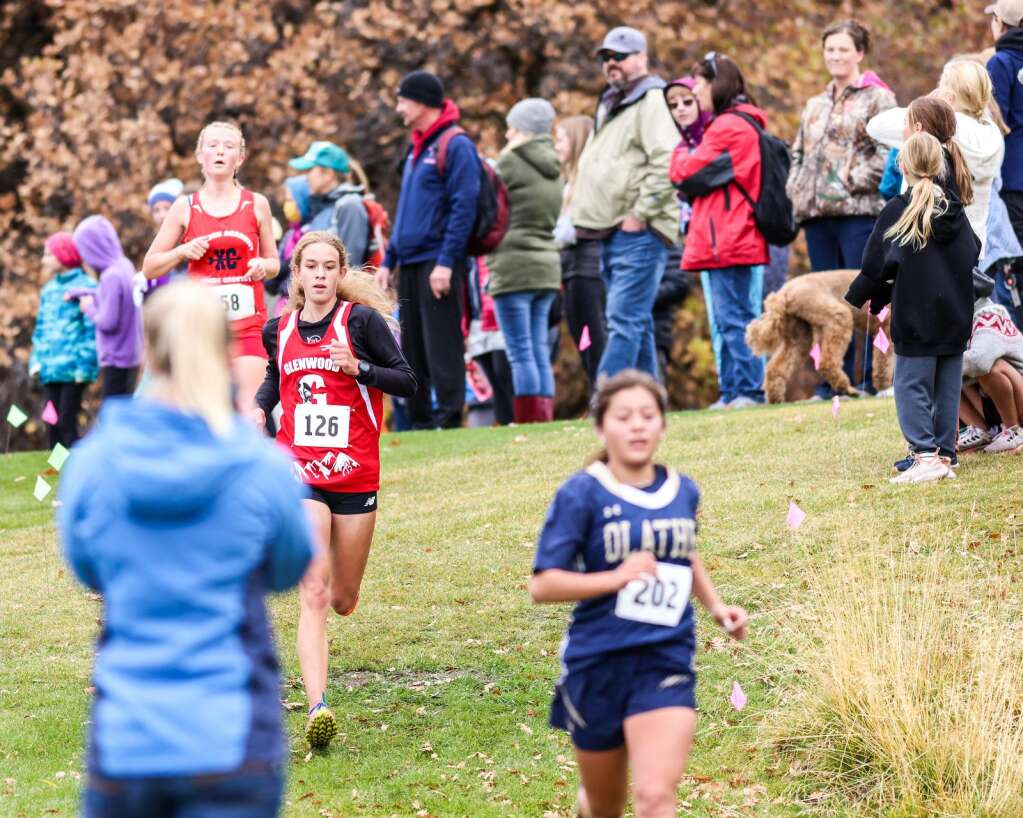 Glenwood Springs sophomore Taia Nykerk, wearing bib No. 126, competes in the varsity girls high school cross country race of the Chris Severy Invitational on Saturday, Oct. 9, 2021, near Aspen High School. Photo by Austin Colbert/The Aspen Times.