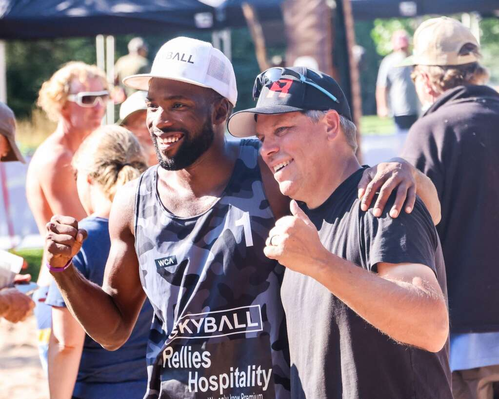 Men's open finals winner Jeff Samuels, left, poses with tournament organizer Corey Bryndal after the MotherLode Volleyball Classic on Monday, Sept. 6, 2021, at Koch Lumber Park in Aspen. Photo by Austin Colbert/The Aspen Times.