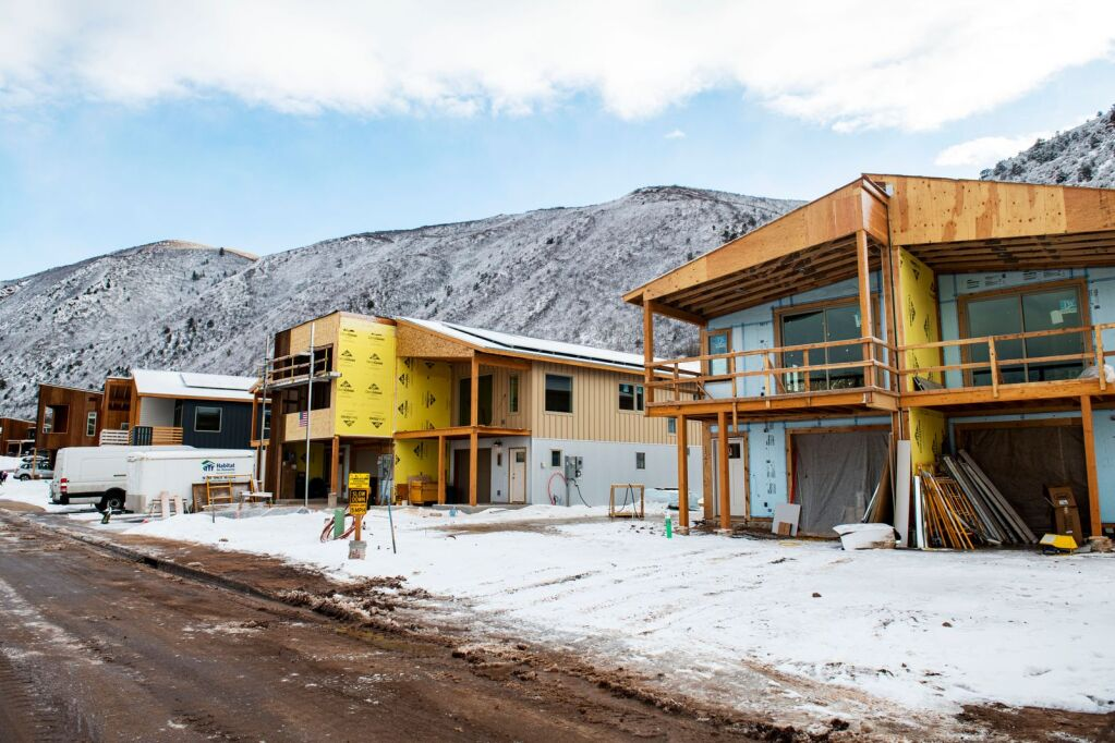 Lumber price surge drives up Colorado construction costs