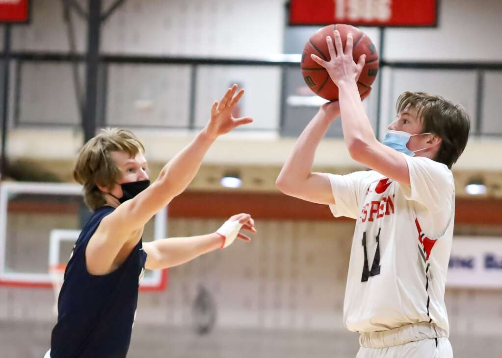 The Aspen High School boys basketball team plays against Vail Mountain School on Monday, March 1, 2021, inside the AHS gymnasium. Photo by Austin Colbert/The Aspen Times.