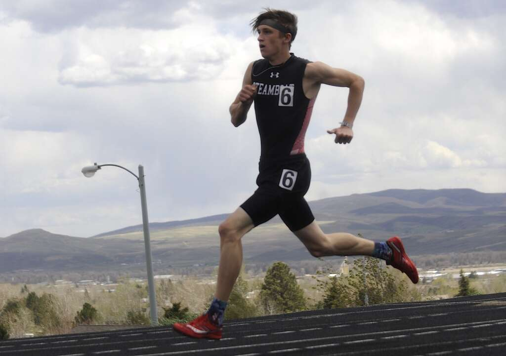 Steamboat Springs junior Bowden Tumminello competes in the 400-meter race at the Clint Wells Invitational in Craig on Friday. (Photo by Shelby Reardon)