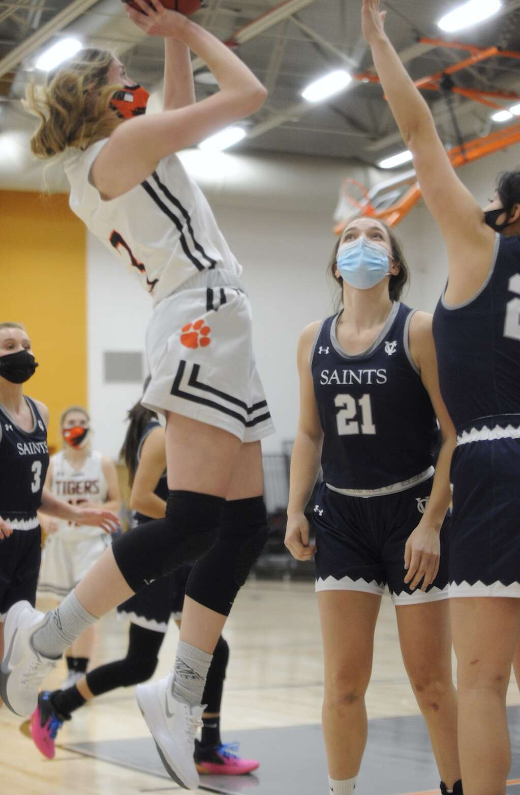 Hayden sophomore Emma Seagraves puts up a jump shot during a game against Vail Christian on Friday night. (Photo by Shelby Reardon)