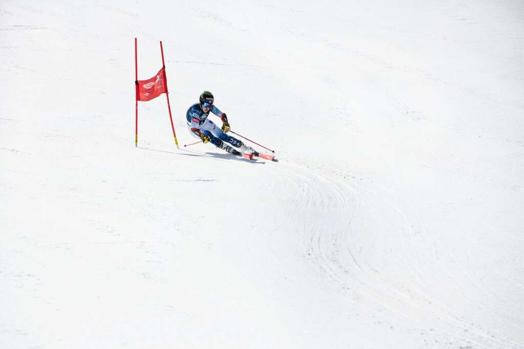 Vail's alpine skier River Radamus follows the course while competing in the second run of the U.S. Alpine Men's Giant Slalom Championships at Aspen Highlands on Tuesday, April 6, 2021. Radamus finished in tenth place. (Kelsey Brunner/The Aspen Times)