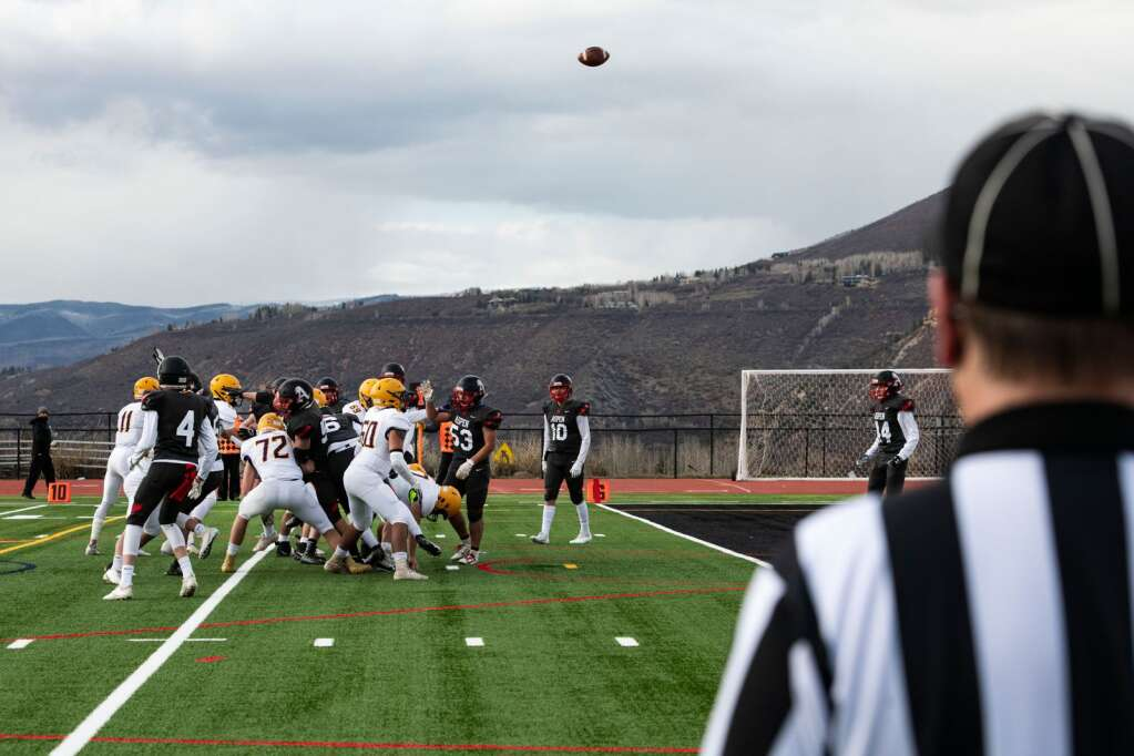 A referee watches the field goal at the Aspen vs. Basalt football game at Aspen High School on Friday, April 16, 2021. (Kelsey Brunner/The Aspen Times)