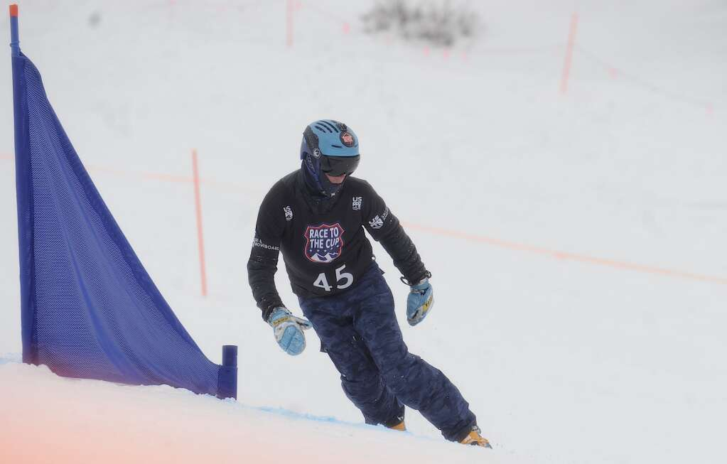 Steamboat Springs Winter Sports club athlete Nick Pierce rounds a gate at a parallel slalom Race to the Cup event at Howelsen Hill on Saturday. (Photo by Shelby Reardon)