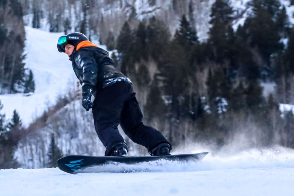 A snowboarder makes it down Aspen Mountain on Tuesday, Jan. 12, 2021, in Aspen. Photo by Austin Colbert/The Aspen Times.