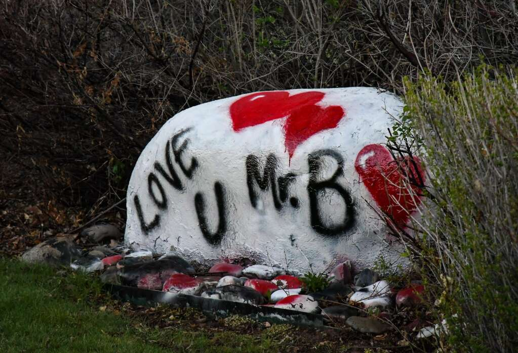 The rock outside of Glenwood Springs High School is painted in remembrance of the late Jim Benson who passed away last Saturday.  Chelsea Self / Post Independent