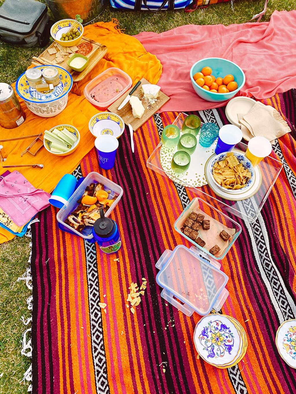 A pretty picnic spread courtesy of the hostess with the mostest, Lucy Lea.