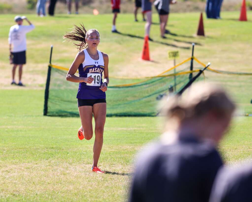Basalt junior Katelyn Maley competes in the Longhorn Invitational cross country meet on Saturday, Aug. 28, 2021, at Crown Mountain Park in El Jebel. Photo by Austin Colbert/The Aspen Times.